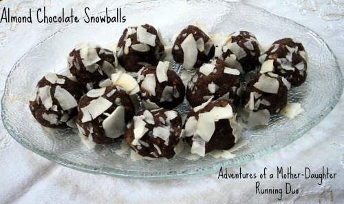 almond chocolate snowballs titled