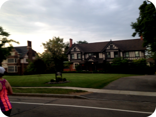 Mansions along East Avenue. Rochester Marathon